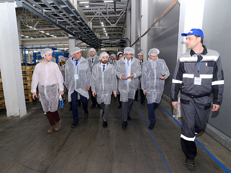 Diplomatic representatives from Europe and the CIS visited Waterfall plant